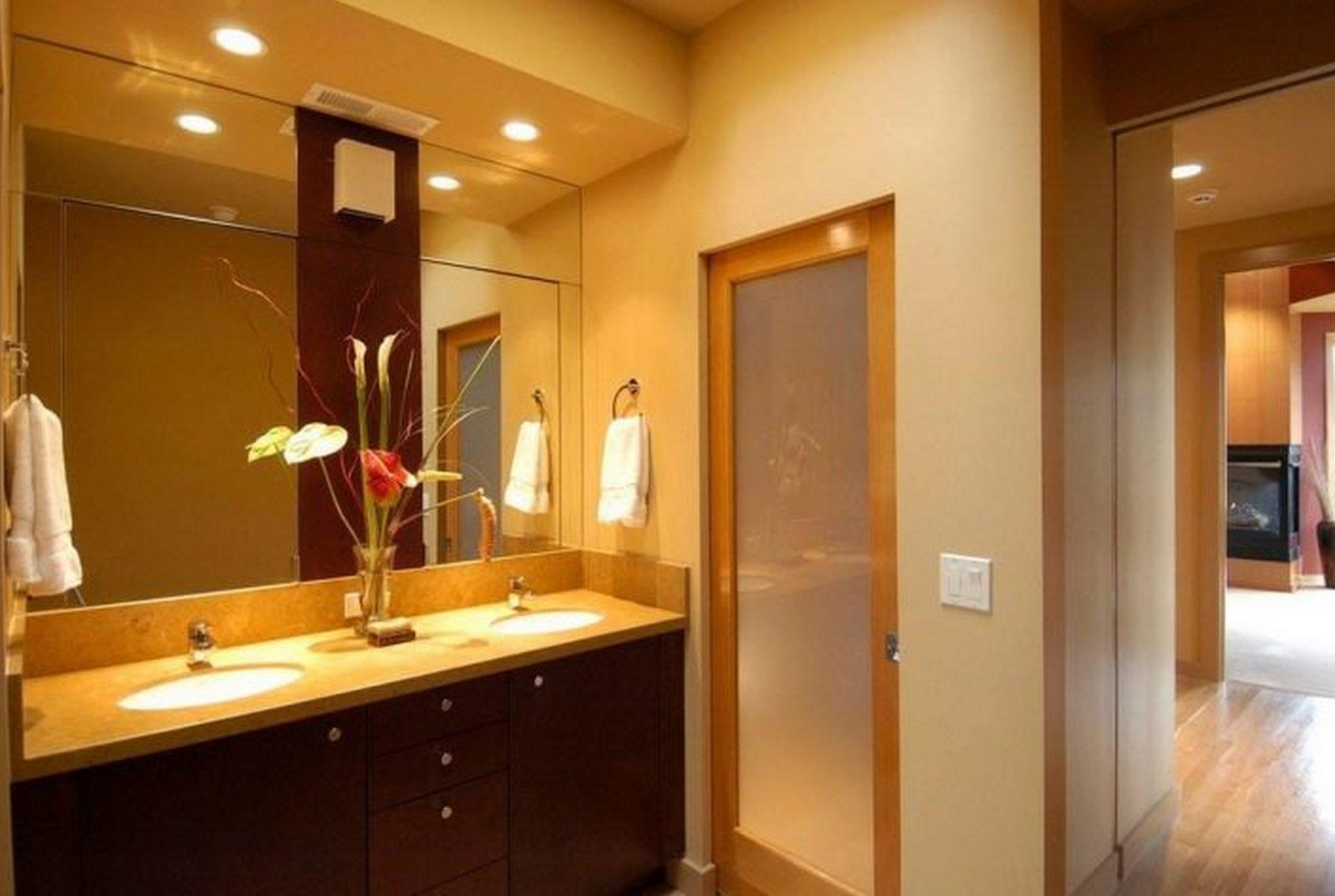 Двери для ванной и туалета 60х190 (600 на 1900)